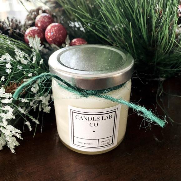 Cinnamon and vanilla candle!!